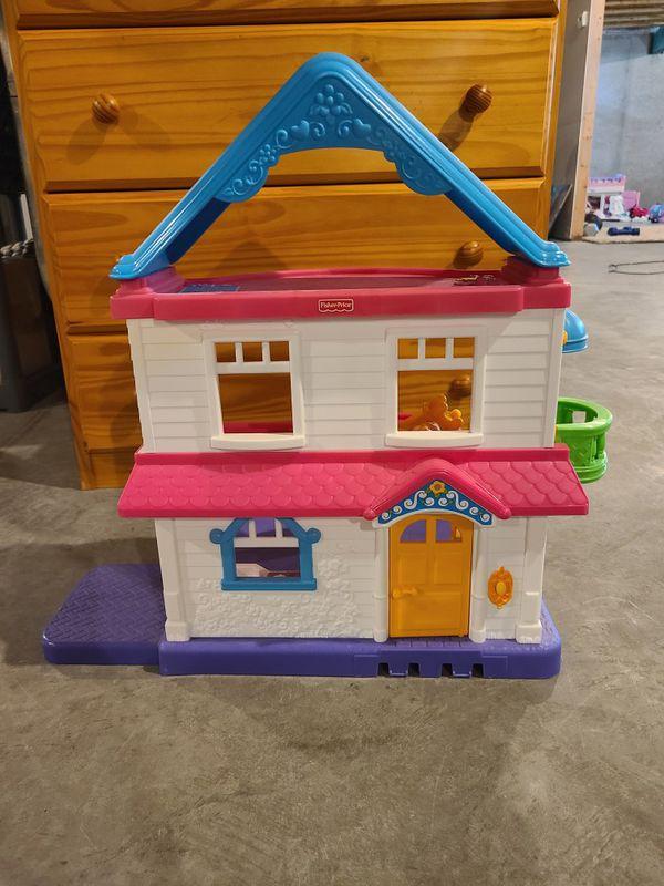 Toddler girl doll house