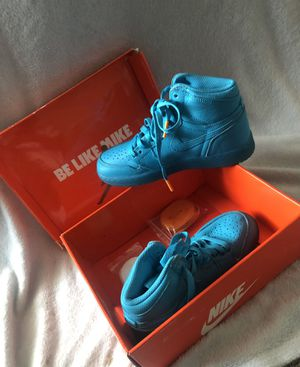 Blue Nike Gatorade Shoes/size 4 boys for Sale in Euless, TX
