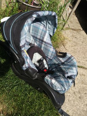 Eddie Bauer Baby Car Seat for Sale in Des Moines, IA