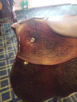 Used exercise racetrack saddle for Sale in Mount Airy, MD