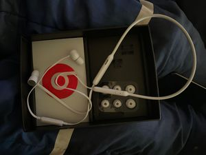 Beats headphones for Sale in Elyria, OH