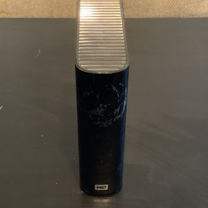Western Digital 2TB External Hard Drive for Sale in Los Angeles, CA