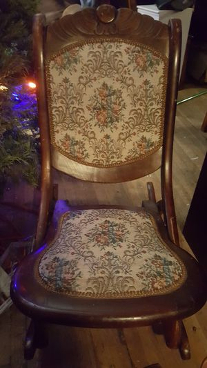 Victorian Antique foldable rocking chair. for Sale in West Jordan, UT