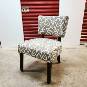 Accent Chair for Sale in Bladensburg, MD