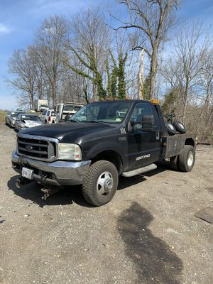 Ford F-350 v10 for Sale in Joint Base Andrews, MD