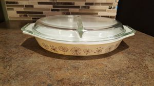 Vintage Pyrex 1 1/2 qt Divided Oval Casserole Dandelion for Sale in Liberty Lake, WA