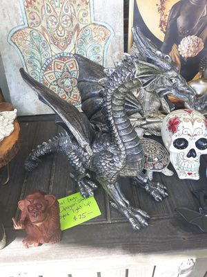Large winged dragon statue with light up eyes for Sale in Dunedin, FL