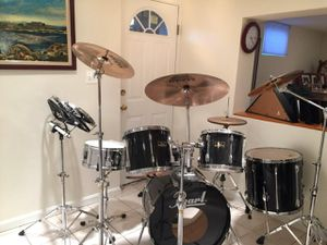Piano and Pearl Drum set for Sale in Falls Church, VA
