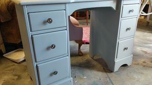 Gray Solid wood Desk for Sale in Raleigh, NC