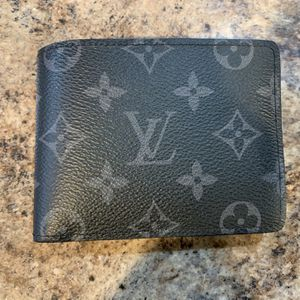 Louis Vuitton Wallet For PlayStation 5 for Sale in Bonney Lake, WA