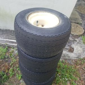 4 TIRES FOR GOLF CART 18×.5.8 THEY ARE VERY GOOD for Sale in Boca Raton, FL