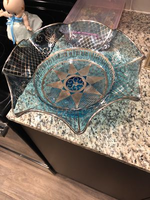 Blue and sliver glass bowl collectible for Sale in Chandler, AZ