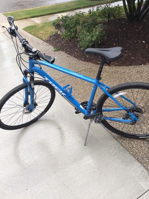 TREK DUAL SPORT 3 bike for Sale in Rochester, MI