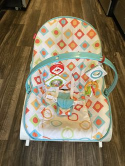 Rocker Portable Baby Seat for Sale in No Potomac, MD