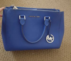 Authentic Michael Kors purse for Sale in Fresno, CA