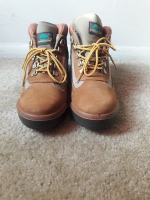 Brand new size 7 men's timberlands for Sale in Oxon Hill, MD