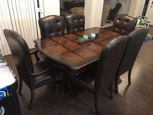 Dining room table for Sale in North Bend, WA