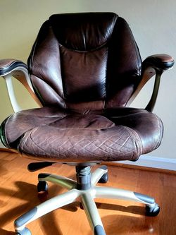 Executive Chair for Sale in Bellevue,  WA