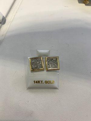 Special Price 10k Diamond Earrings for Sale in Los Angeles, CA