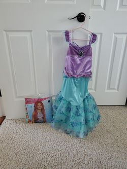Disney Ariel Costume With Kids Wig Size/age 5/6 for Sale in Dublin,  CA