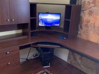 Computer Desk with hutch L-shape for Sale in Ruston,  WA