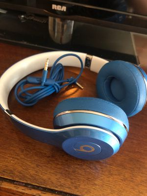 Beats solo 2 wired for Sale in Thomasville, NC