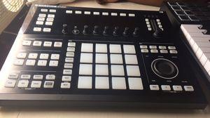 Maschine studio beat pad for Sale in Newark, NJ