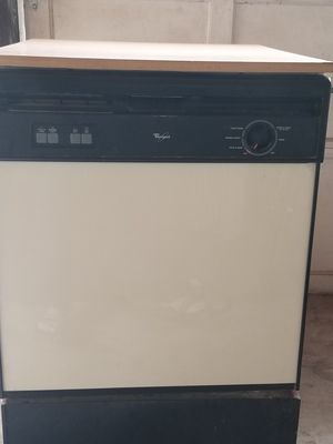 Whirlpool Portable Dishwasher for Sale in Buda, TX