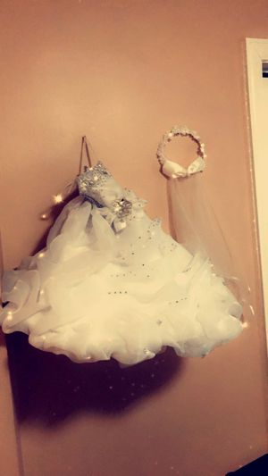 Size 2 flower girl or bridal party dress for Sale in Dearborn, MI