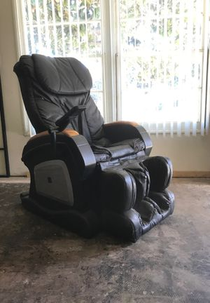Massage chair for Sale in Rolling Hills Estates, CA