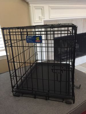 Small breed dog kennels two for 50 or 25 and 30 for Sale in Mableton, GA