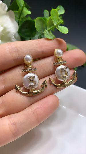 Luxury Classic Drop Earrings for Sale in Los Angeles, CA
