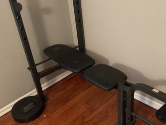 Gold's Gym XR 6.1 Weight Bench for Sale in Cleveland,  OH