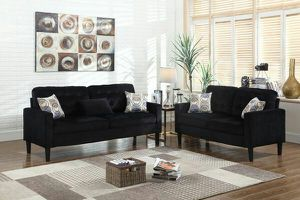 2pc black fabric sofa and loveseat w/pillows for Sale in Marietta, GA