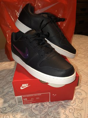 MENS NIKE EBERNON BRAND NEW SIZE 9.5 and 10 ONLY ASKING $65 for Sale in Los Angeles, CA