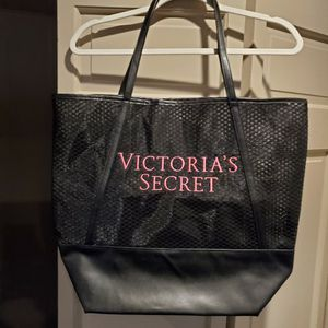 Victoria Secret Tote Bag for Sale in Allen Park, MI