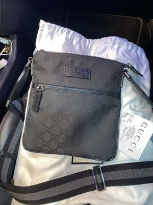 Gucci bag for men for Sale in Los Angeles, CA