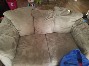 Couches withe let out bed in it for Sale in Fitzgerald, GA