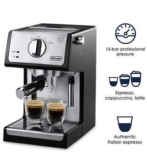 Delonghi ECP3420 Bar Pump Espresso and Cappuccino Machine for Sale in Dayton, OH