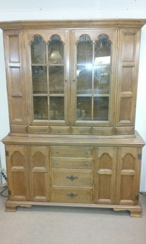 Vintage China Cabinet Hutch Solid Wood for Sale in Whittier, CA