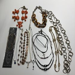 Lot Of 13 Necklaces for Sale in Collinsville,  IL