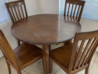 Dining Table Set for Sale in Huntington Beach,  CA