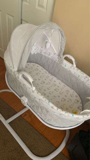 Bassinet for SALE NOW for Sale in Baltimore, MD