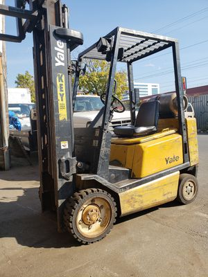 Yale 2000 Forklift for Sale in Bronx, NY