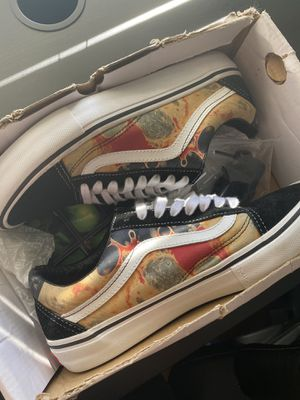 Supreme vans SIZE 8.5 for Sale in San Lorenzo, CA