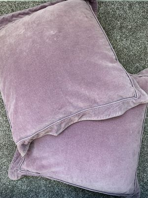 Set of 2 Purple Velvet Euro Shams and Pillows for Sale in Rancho Cucamonga, CA