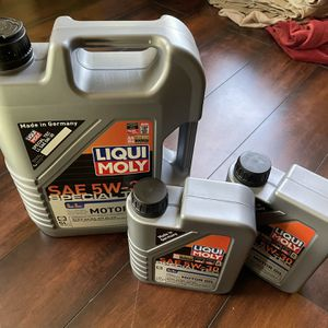 5w30 Synthetic Oil - BMW, VW, Audi, Mercedes Benz for Sale in Kent, WA