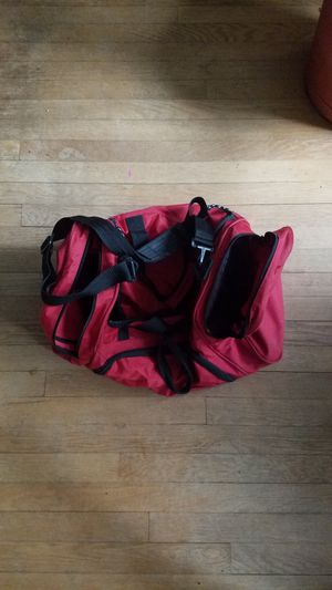Small Red Duffle Bag for Sale in Frederick, MD