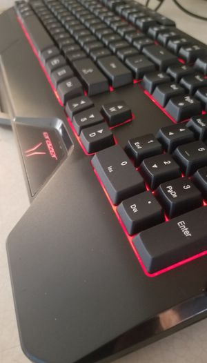 REDUCED - Illuminated Gaming Keyboard P81035 - PC or Notebook Compatible (Atlantic blvd) for Sale in Jacksonville, FL