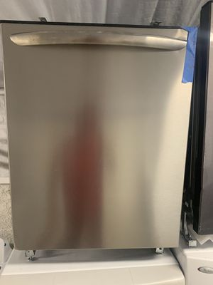 Frigidaire dishwasher 24 wide stainless steel for Sale in Fountain Valley, CA